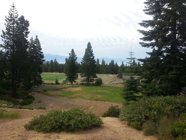 Tahoe Vista disc golf course hole 1