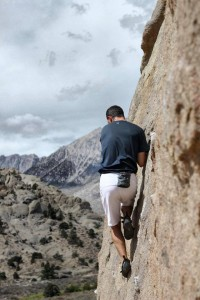 bouldering-buttermilks-bishop
