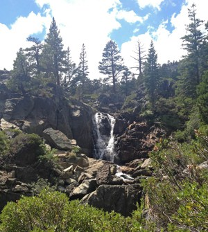 grass lake hike waterfall tahoe